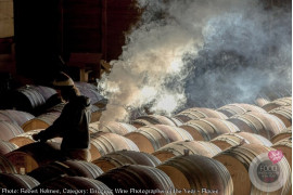"Robert Holmes - kategoria ""Errazuriz Wine Photographer of the Year - Places"""