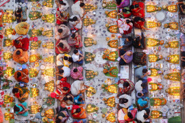 "fot. Noor Ahmed Gelal, ""Praying with Food"", 1. nagroda w konkursie PLFPOTY 2018"
