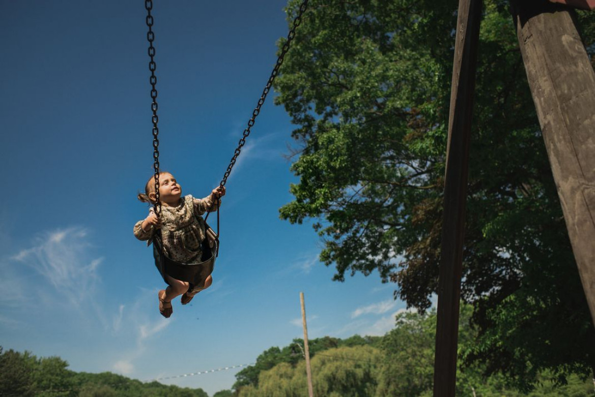 "fot. Viara Mileva, ""The Girl on the Swing"", finalista kategorii People"
