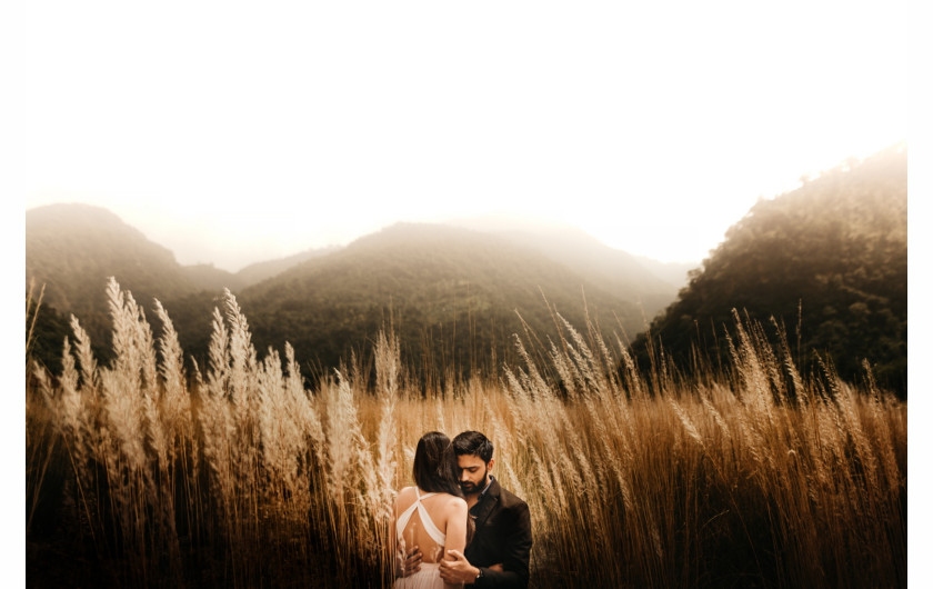fot. Naman Verma / Junebug Wedding Best of Best Engagement Photo Collection