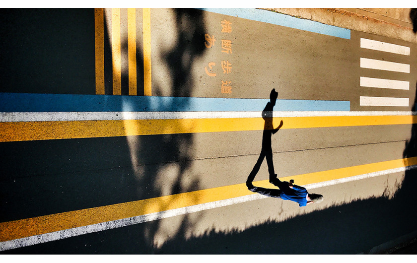 fot. Laurence Bouchard, Running on Empty, 1. miejsce w kategorii Street / Mobile Photography Awards 2018
