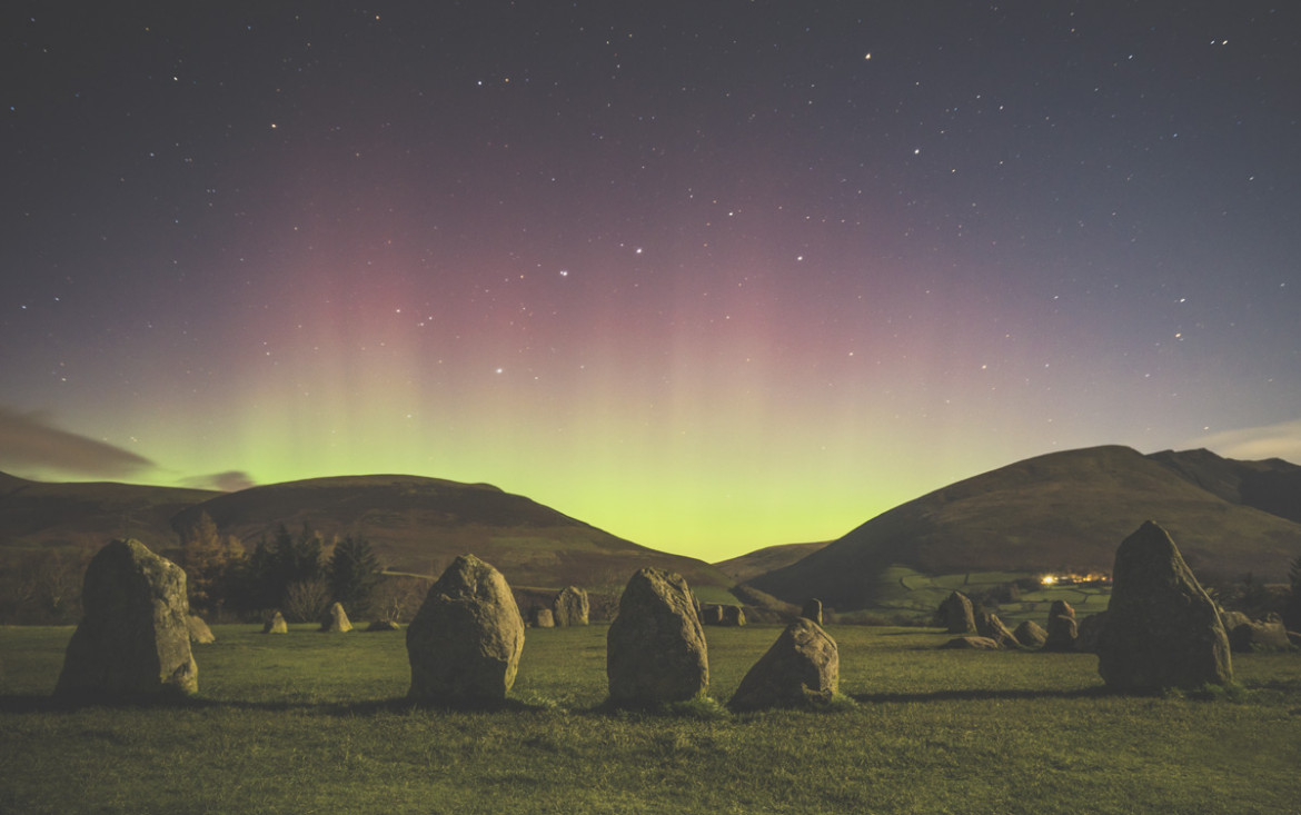 "fot. Mathew James Turner, ""Castlerigg Stone Circle"", 2. miejsce w kategorii Aurorae / Insight Astronomy Photographer of the Year 2018"