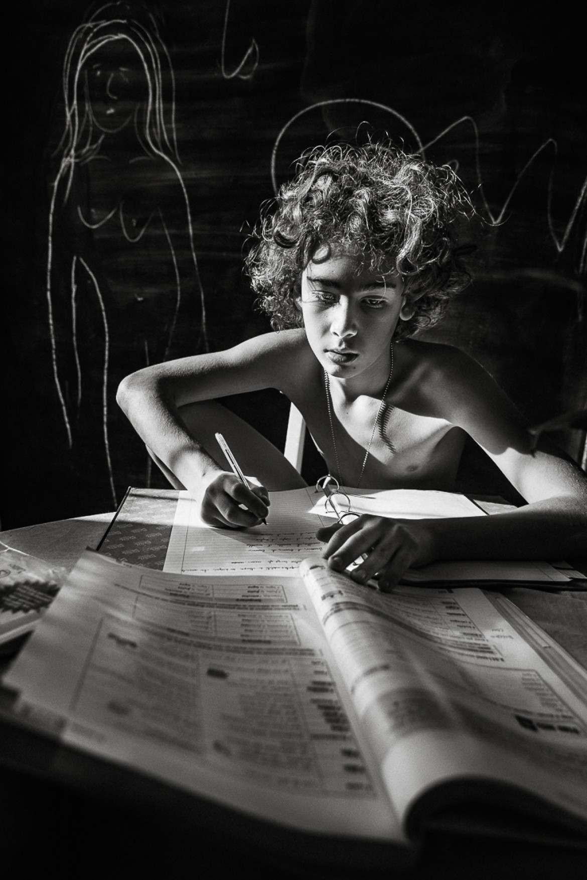 "fot. Marina Kazakova, ""The Poetics of Childhood"", nagroda Black & White Series of the Year 2019"