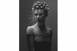 "fot. Michał Baran, z cyklu ""Monochromatic Hairscapes"", 1. miejsce w kategorii People / Fashion"