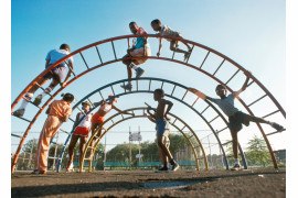 "fot. Garry Settle, ""Kids on Jungle Gym"", Flushing Meadows Corona Park / NYC Park Photo Archive"