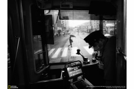 "fot. Hiro Kurashina, ""Another rainy day in Nagasaki, Japan"", 1. miejsce w kategorii Cities konkursu National Geographic Travel Photographer of the Year 2018"