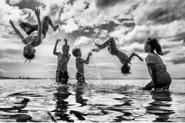 "fot. Chin Leong Teo, II miejsce w kategorii ""Jump For Joy"" Siena International Photo Awards 2019"