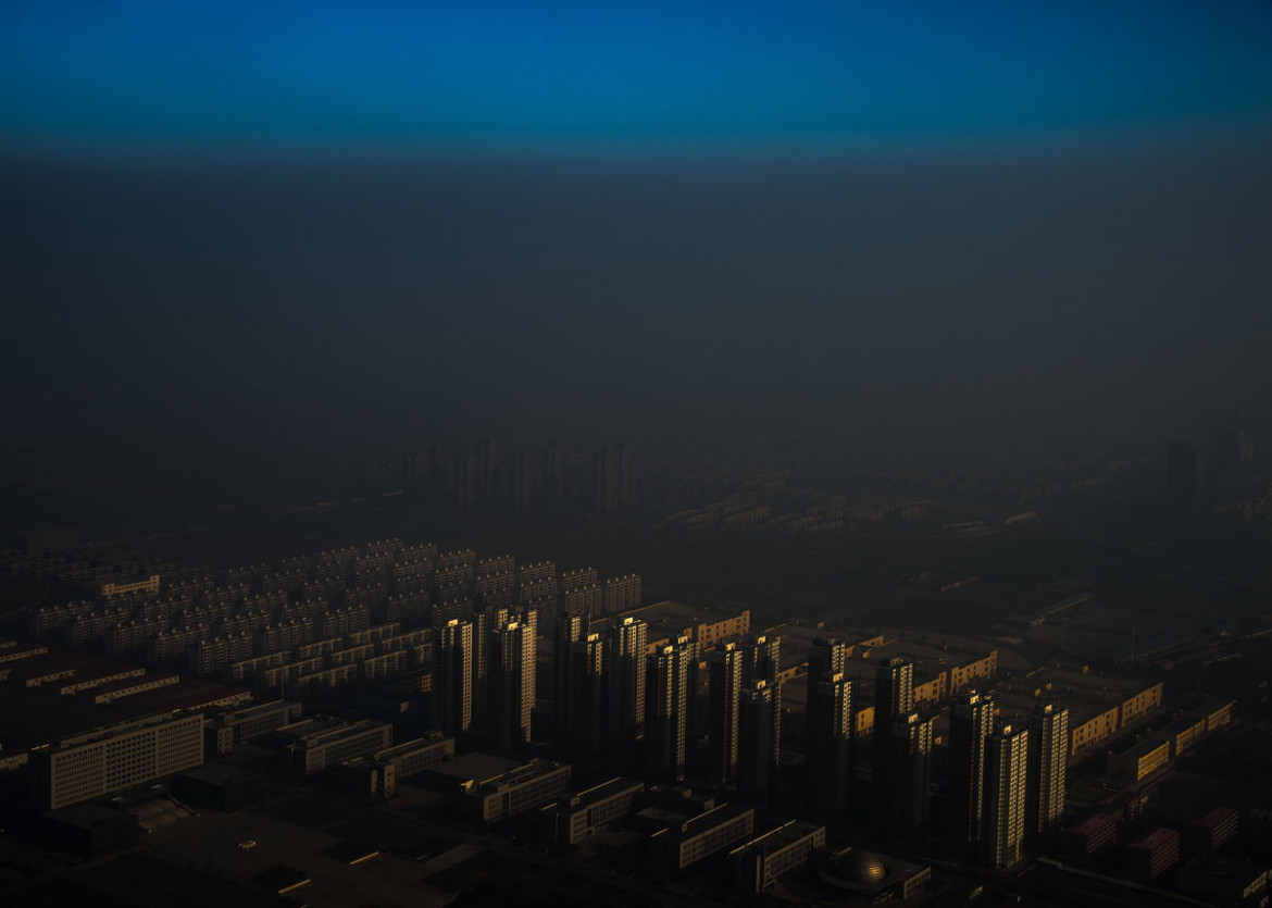 "1. miejsce w kategorii ""Contemporary Issues"", fot. Zhang Lei, ""Haze in China"""