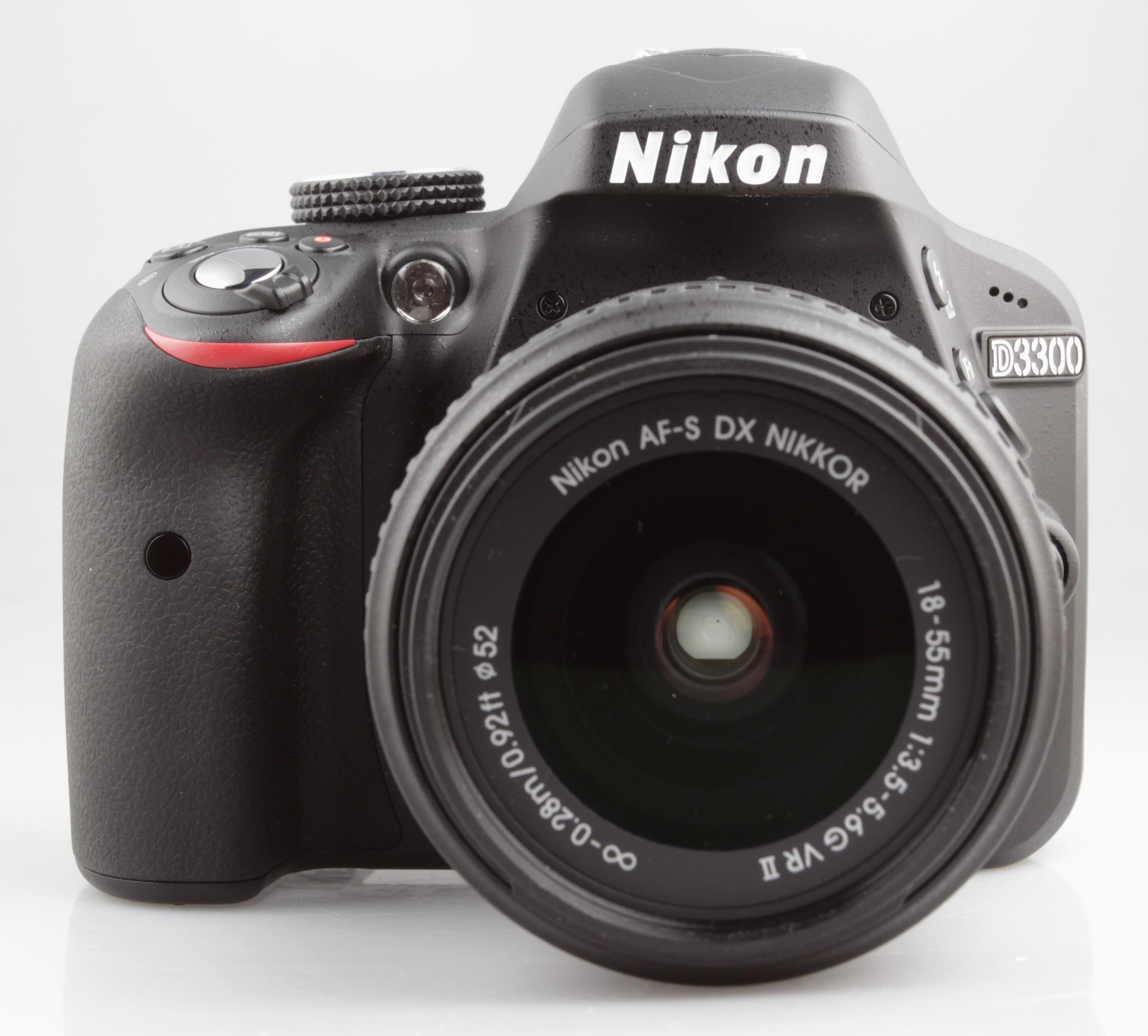 Nikon D3300 vs. Canon 1200D